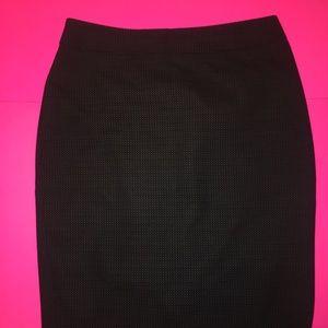 Loft - Pencil Skirt size 6 - curvy